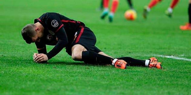 Poldi'den kötü haber