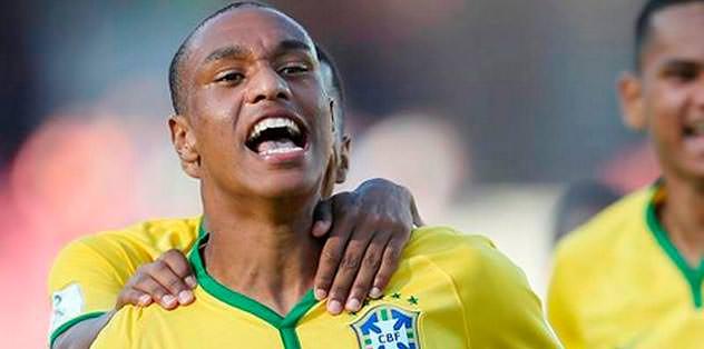 Leandrinho'ya 'Efsane' destek