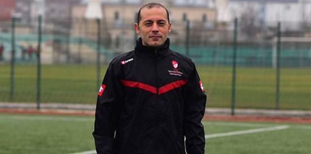 Cüneyt Çakır halı saha maçı yönetti