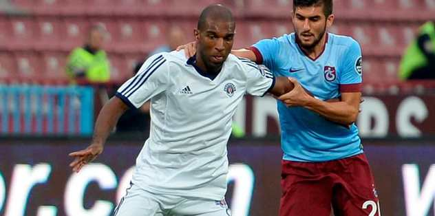 Babel close to Fenerbahce