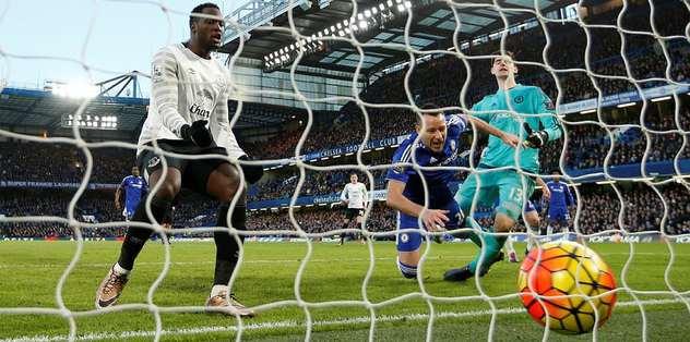 Chelsea'yi 90+8'de Terry kurtardı