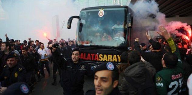 Galatasaray, İzmir'de