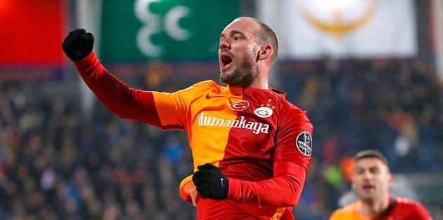 Sneijder bombaladı