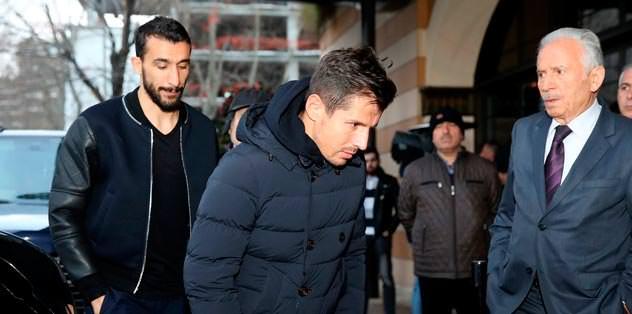 Mustafa Koç'a tam kadro veda