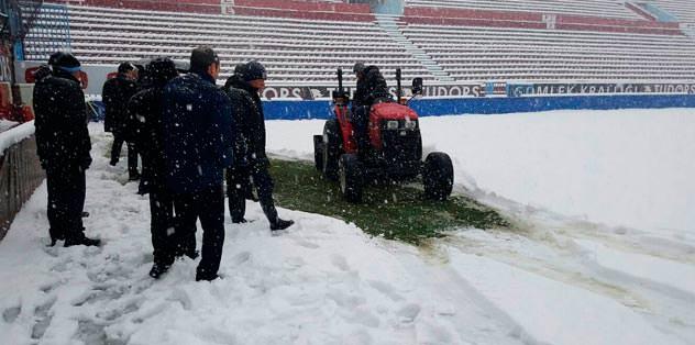İlk erteleme açıklaması Trabzonspor'dan geldi