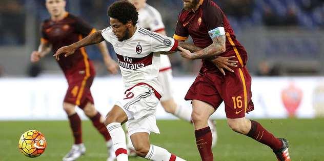 Adriano to replace Burak Yilmaz