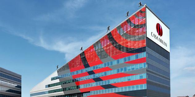 Milan'ın kulüp binasına baskın!