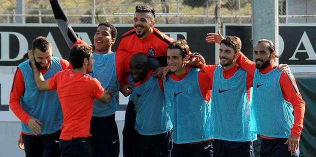 Trabzonspor, Galatasaray galibiyetine kenetlendi