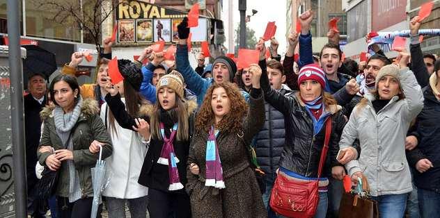Protesto için binlerce öneri