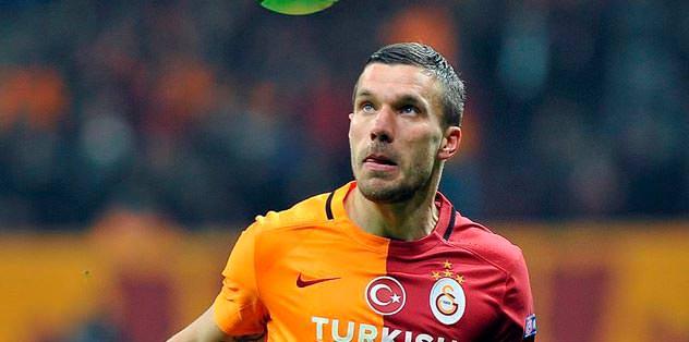 Podolski'den söz aldı
