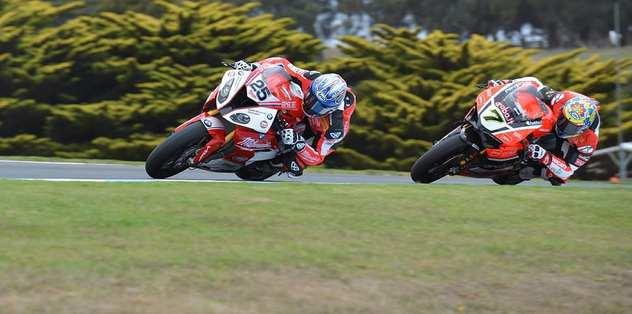 Superbike İlk yarışı Jonathan Rae