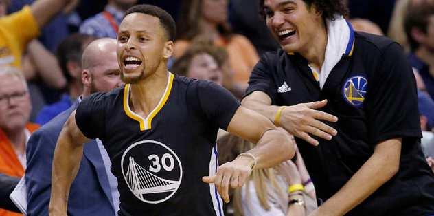 Curry, sakatken bile rekora koşuyor