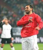 Ahmet Dursun futbola geri döndü