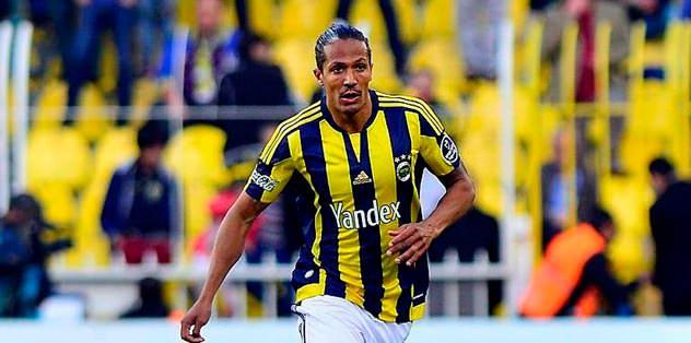 Alves'ten 2 yıl şartı