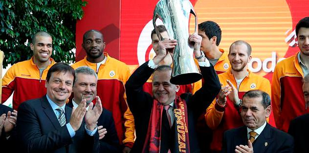 'Kadromuzu Euroleague seviyesine çıkartacağız'