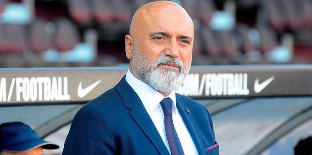 Karaman'a istifa çağrısı