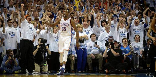 Thunder surge in fourth, even series