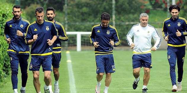 Fenerbahçe iki eksikle çalıştı