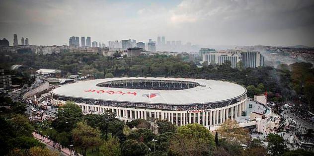 Vodafone Arena Siyah-Beyaz olsun