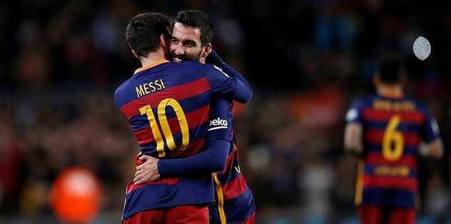Messi ve Arda geliyor!