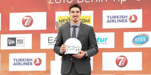 Mvp ödülü CSKA'lı De Colo'nun