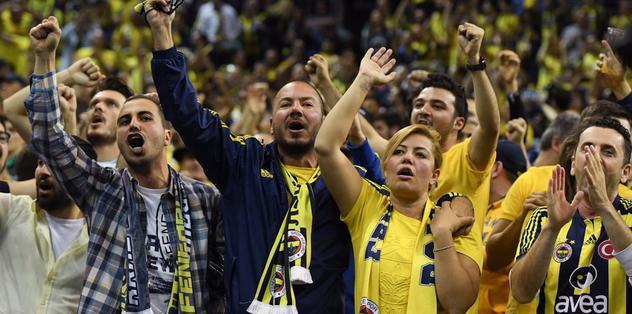Fenerbahçeliler CSKA taraftarlarını susturdu