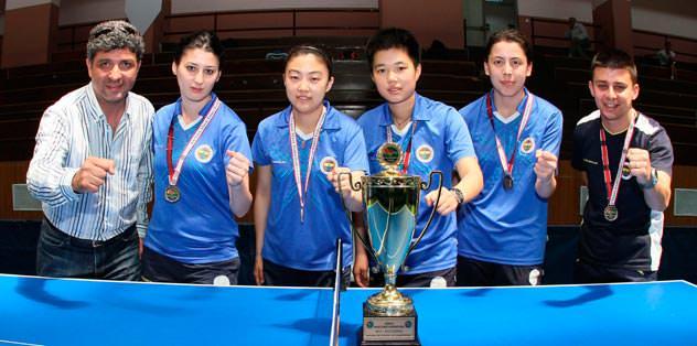 Masa tenisinde çifte şampiyonluk
