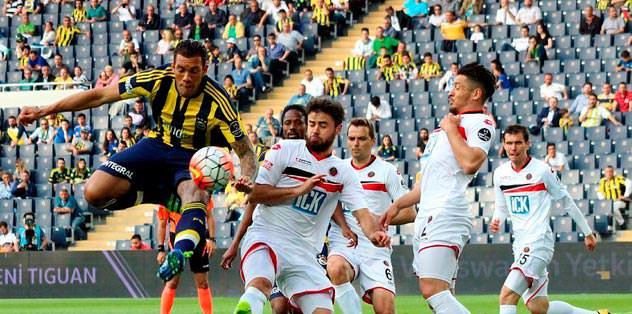 Gençler'e Kadıköy'de 13'te 13