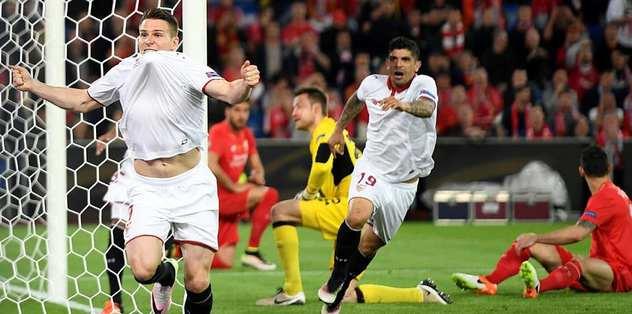 Sevilla tarihe geçti