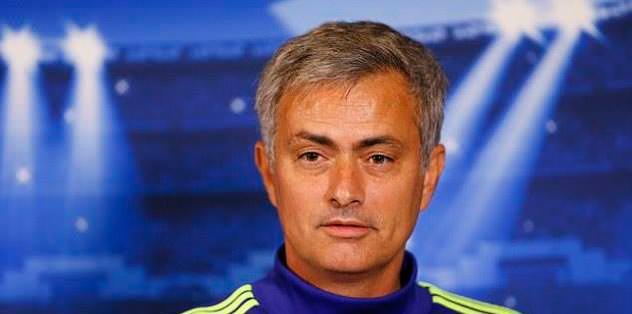 Jose Mourinho tahtaya girdi!