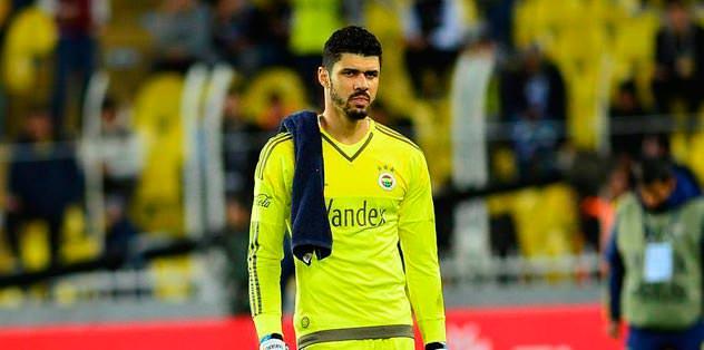 İker Casillas'ı geride bıraktı