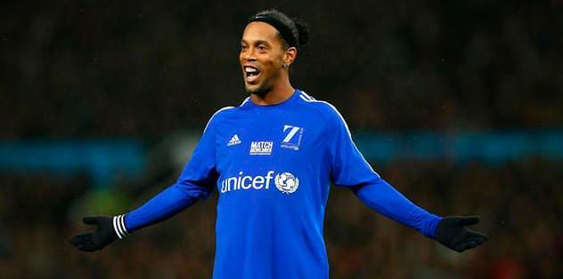 Ronaldinho için salıyı bekleyin
