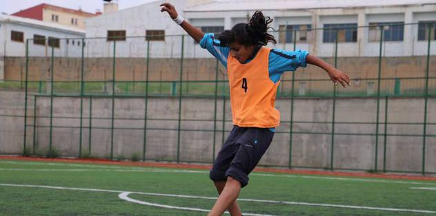 12 yaşındaki 'Dişi Messi' yeteneğiyle göz dolduruyor