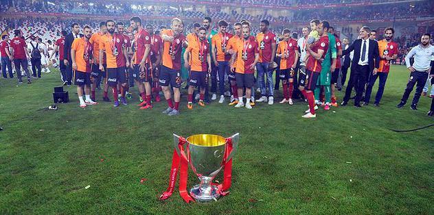 Sneijder-Van Persie kıyaslaması...