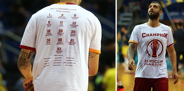 F.Bahçe maçına Eurocup tişörtüyle çıktılar