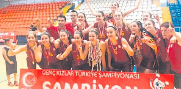 Gençler şampiyon
