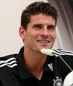 Gomez ilk teklifi ret etti