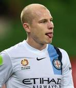 Man City sign Australia midfielder Mooy