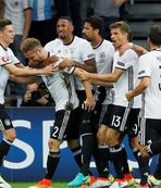 Germany desperate to snap out of Italy nightmare