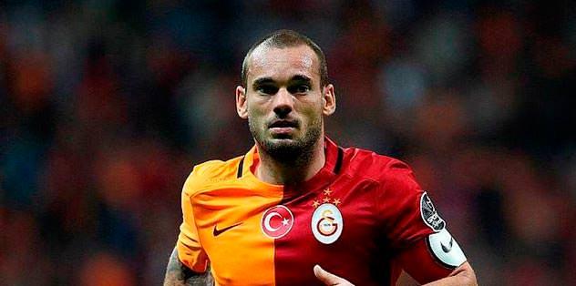 Şok! Sneijder 'izinsiz' katılmadı