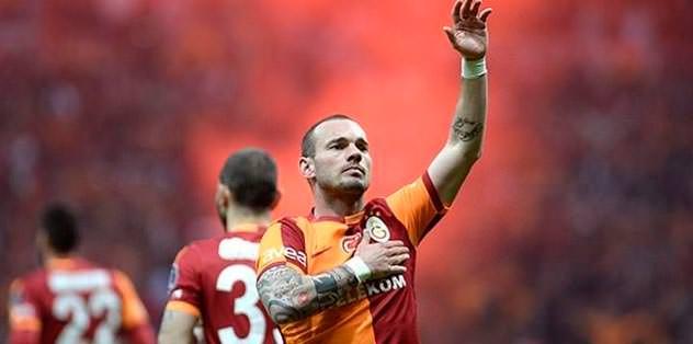 Sneijder'in tweetini kim yazdı?