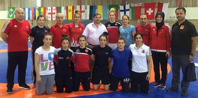 Olimpiyatlara İspanya'da hazırlanacaklar