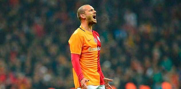 İngiltere'den Sneijder iddiası