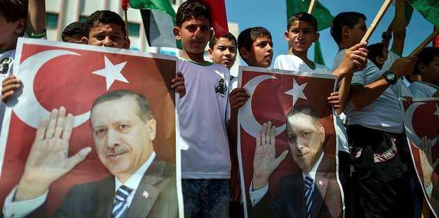 Filistin'de kutlama yürüyüşü