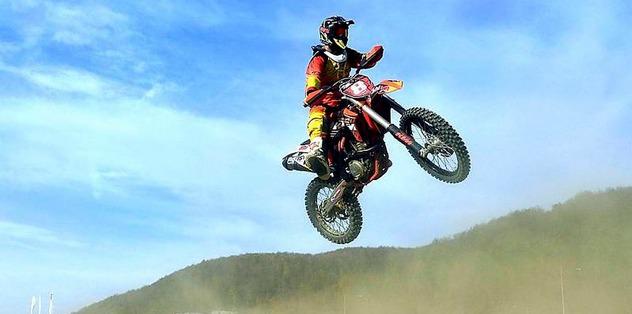 Gönen'de motokros heyecanı