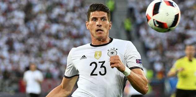 Gomez bu iki ülkeye gitmek istiyor