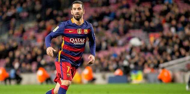 """""""Barcelona'da oynamaya devam edecek"""""""