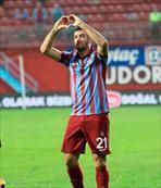 Timsah eski Trabzonlunun peşinde!
