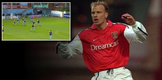 Bergkamp'ın efsane golünü attı