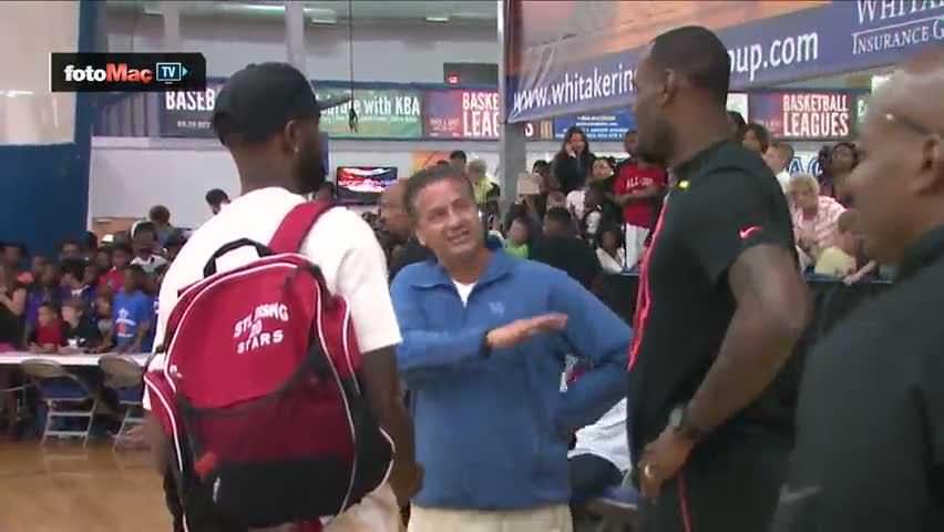 LeBron James oğlunun maçını izlerse...